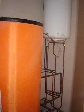 chauffe eau solaire en thermosiphon association p 39 tiwatt. Black Bedroom Furniture Sets. Home Design Ideas